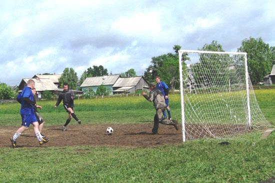 Футбол в Опарино