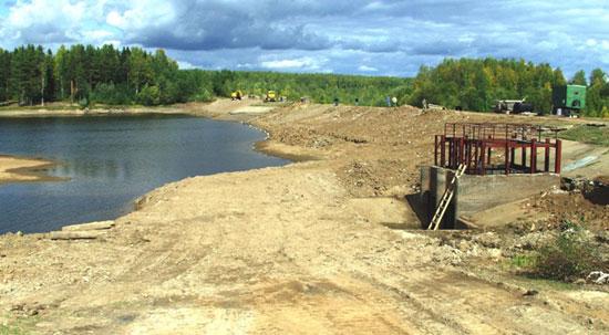 Плотина на реке Осиновка