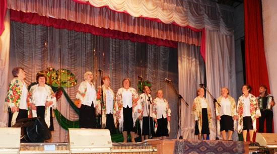 Поет село родное