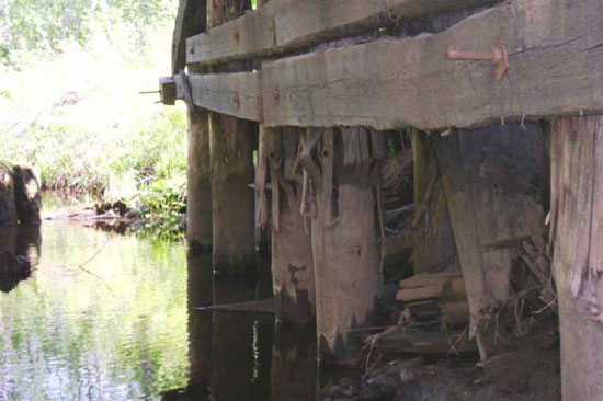 Мост через речку Среднюю