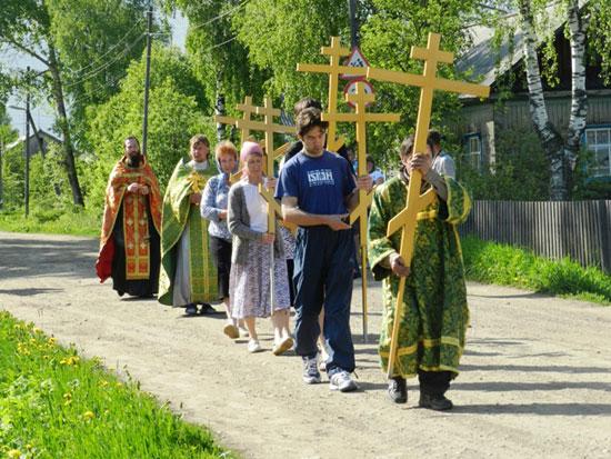Кресты для церкви в поселке Опарино