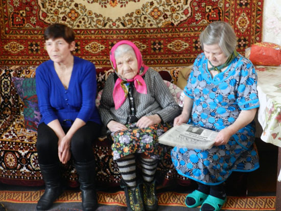Старейшая жительница Устинья Ивановна Жолобова