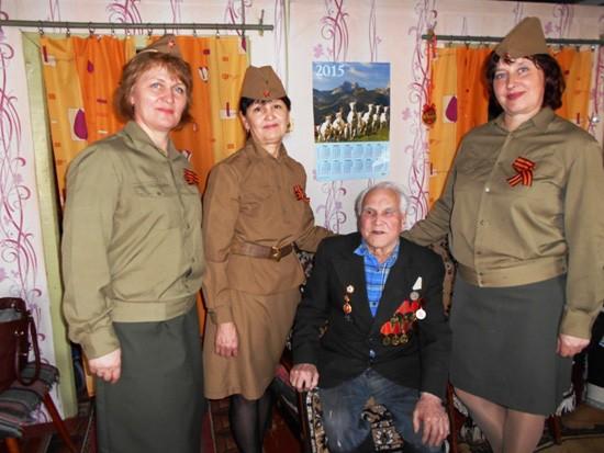 Николай Александрович Колотов с гостями