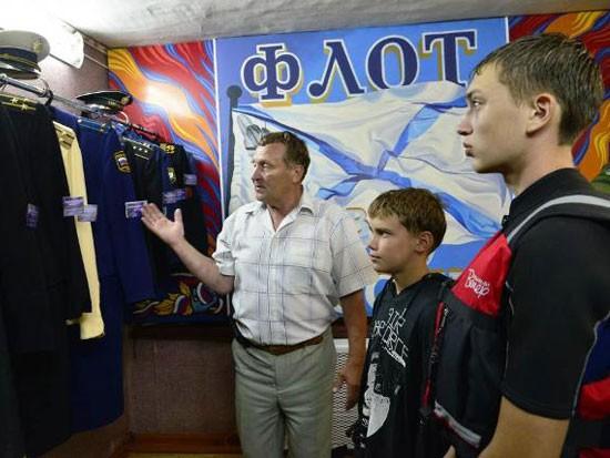 Руководитель демьяновского клуба моряков