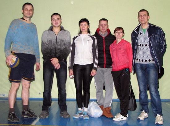 Команда поселка Маромица по волейболу