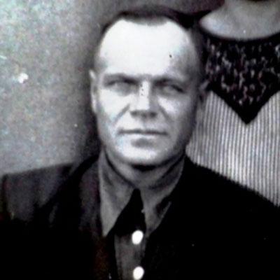 Суманеев  Иван  Павлович