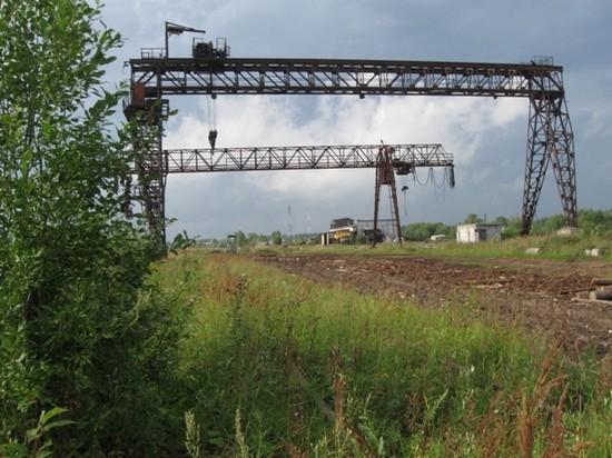 Отсюда с нижнего склада уходили тепловозы за «Зеленым золотом»
