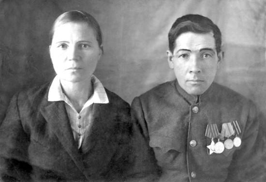 Родители Николая Степановича Шкаредного – Мария Михайловна и Степан Васильевич