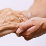 Получение компенсации на уход и включение в стаж для расчета пенсии