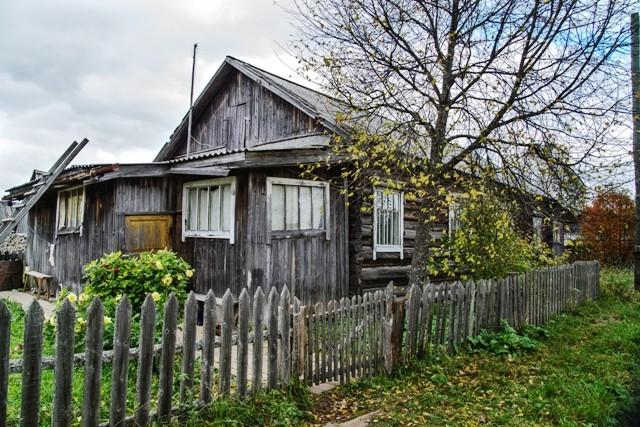 Дом, в котором живет Е.Е.Пахнева в Шабурах