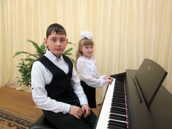 Конкурс исполнителей  фортепианных миниатюр