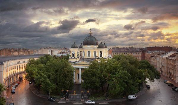 Мемориальные памятники героям войн в Санкт-Петербурге