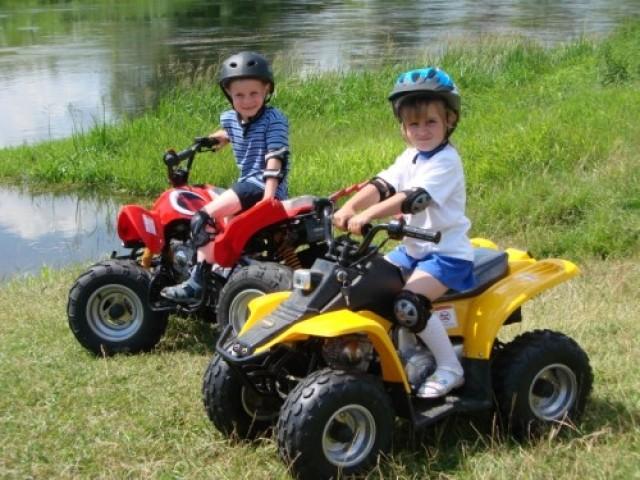 Выбираем детский квадроцикл