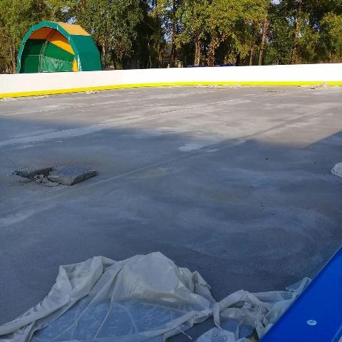 Универсальная спортивная площадка в поселке Опарино