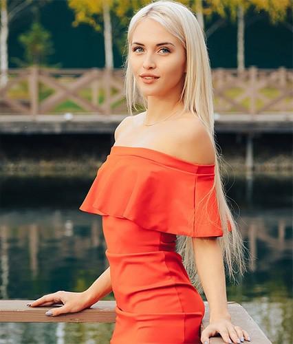 Арина Ботвина - мисс Комсомольская правда