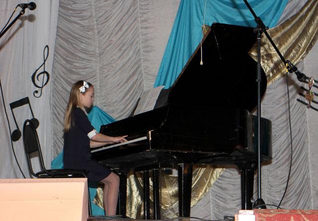 Концертная программа опаринских музыкантов