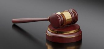 За  дачу заведомо ложных показаний в суде