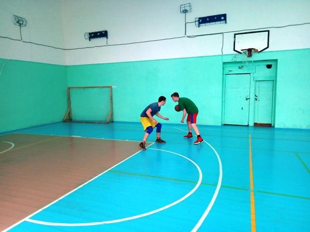 Первенство Опарино по стритболу