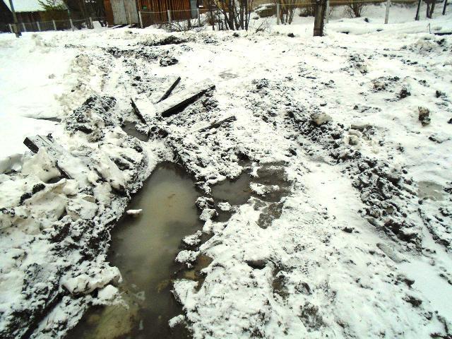 Горькая улица Горького в Опарино