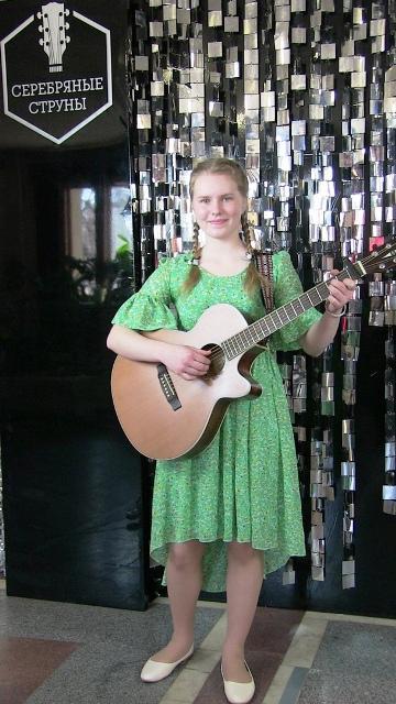Алёна Трубина из посёлка Опарино