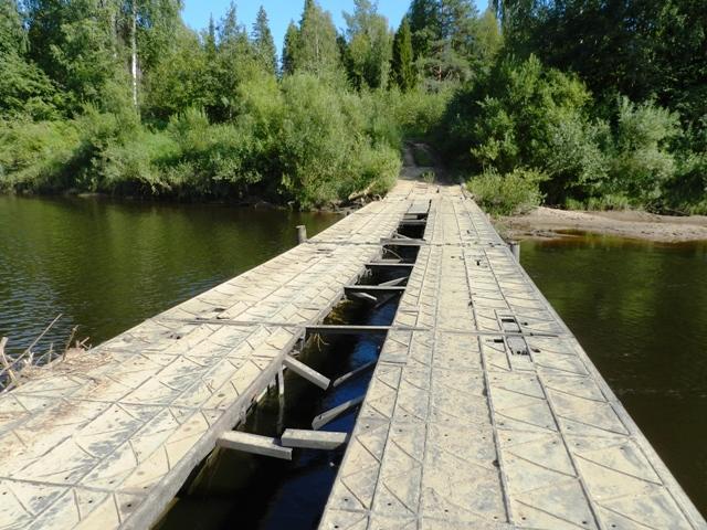 Понтонный мост через Молому