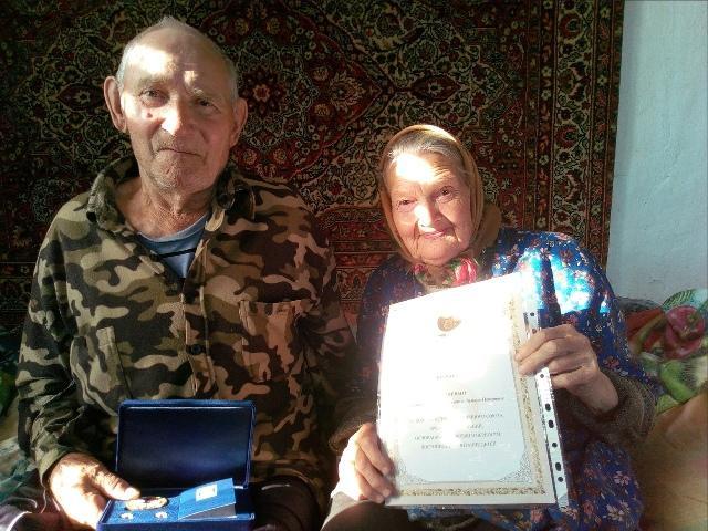 Супруги Владимир и Тамара Бучневы