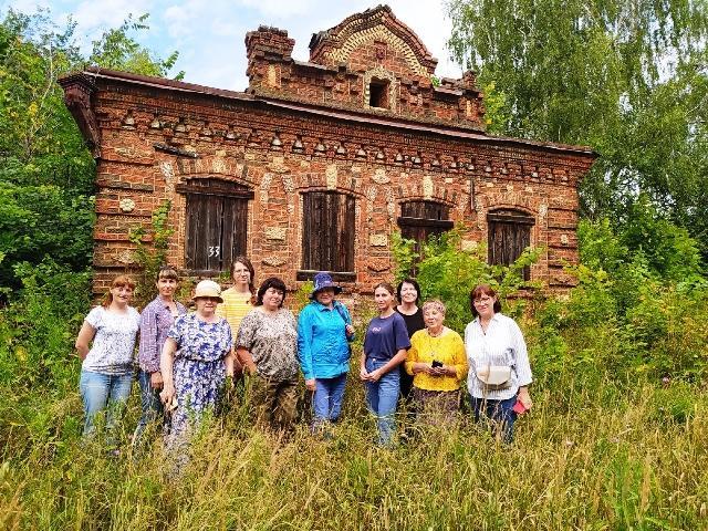 В деревне Огнетово